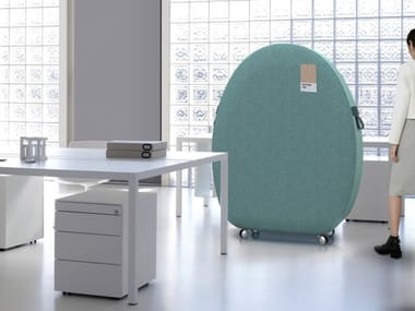 Sound absorbing office screen with casters SOFT SOUND