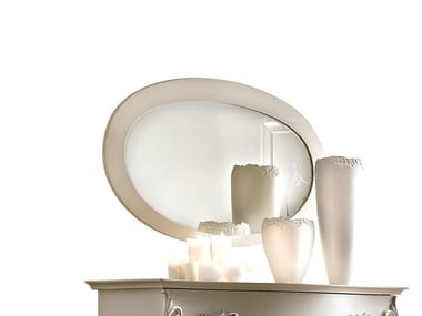 Oval framed wall-mounted wooden mirror SOGNI D'AMORE | Oval mirror