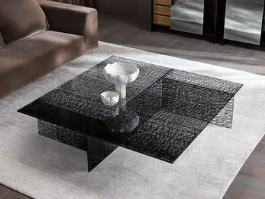 Square glass coffee table SESTANTE | Square coffee table