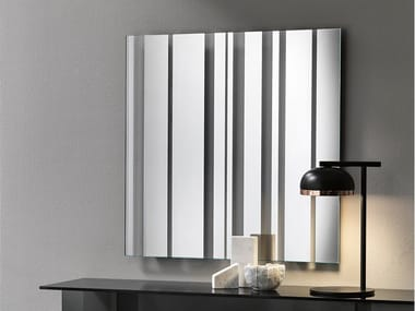 Square wall-mounted mirror BARCODE | Square mirror