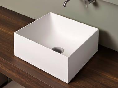 Lavabo da appoggio quadrato in Flumood® STRATOS | Lavabo quadrato