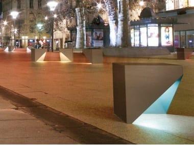 Bollards / Pedestrian barriers