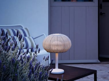 LED polyethylene table lamp with fixed arm GAROTA M/35 OUTDOOR