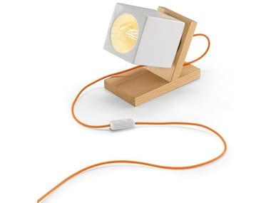 Lampada da tavolo a luce diretta in legno e ceramica MATECA   Lampada da tavolo