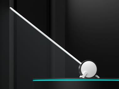 Lámpara de mesa LED hecha a mano de aluminio VARA | Lámpara de mesa