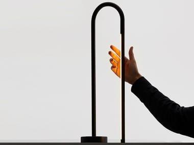 Candeeiro de mesa LED ajustável com dimmer BOW | Candeeiro de mesa
