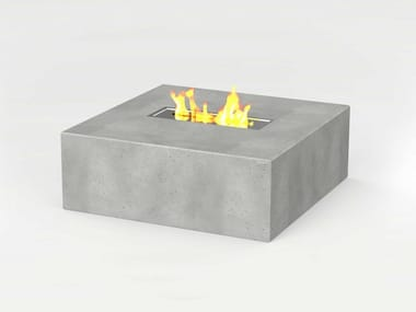 Square concrete Table for public areas with fireplace TABULA QUADRA IGNIS