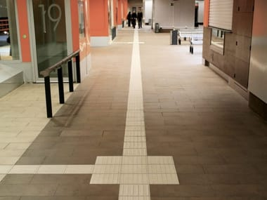 Indoor/outdoor porcelain stoneware Tactile paving TACTILE