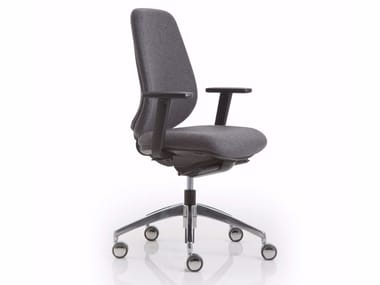 Office chair with 5-Spoke base with armrests with castors PRATICA | Office chair with armrests