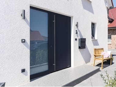 Flush-fitting stainless steel entry door THERMOPLAN HYBRID