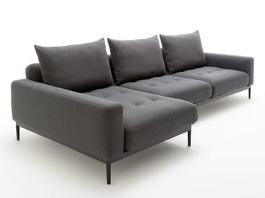 Divano componibile in tessuto con chaise longue TIRA | Divano con chaise longue