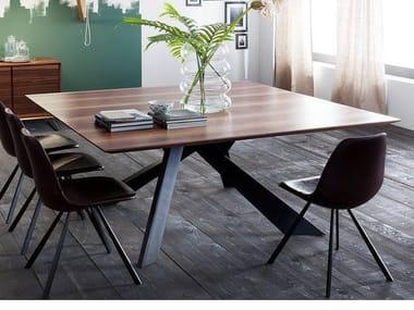 Square walnut dining table TOLEDO | Walnut table