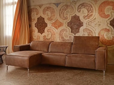 Recliner leather sofa with electric motion TOMAS | Leather sofa