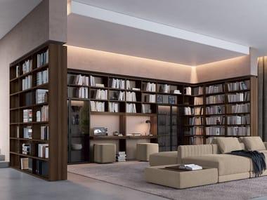 Libreria in legno e vetro con illuminazione TRENTA 04