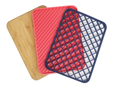 Bamboo cutting board, draining board and silicone pot holder TRILOGY