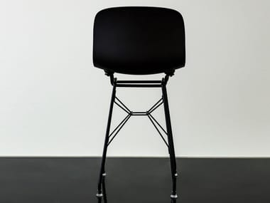 Low polypropylene stool with back TROY | Low stool
