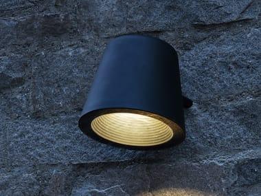 Lampione stradale a LED in alluminio da parete TUMBLER | Lampione stradale da parete