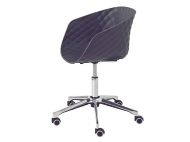 Task chair with 5-Spoke base with armrests with casters UNI-KA 597DR