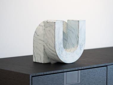 Bronze sculpture UNO MARBLE LOOK