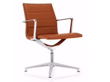 Swivel leather office chair with 4-Spoke base with armrests VALEA ESSE | Leather office chair