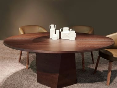 Round wooden dining table VARAN | Round table