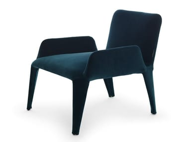 Velvet armchair with armrests NOVA | Armchair with armrests