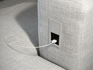 Concealed module with independent sockets VERSAHIT MONO
