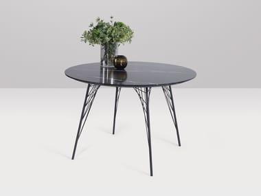 Round quartz table VIENNA | Round table