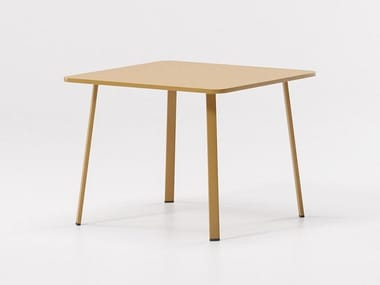 Square aluminium garden table VILLAGE | Square table
