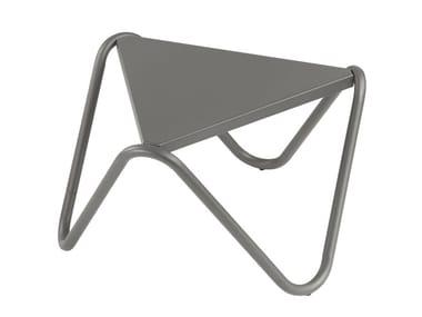 Triangular steel garden side table VOGUE