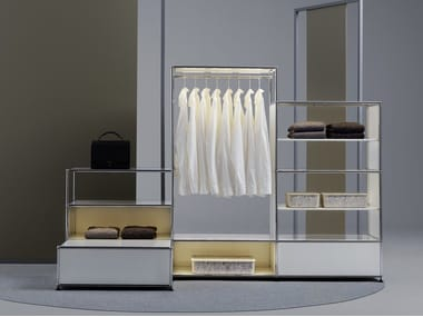 Sectional custom walk-in wardrobe USM HALLER E | Walk-in wardrobe