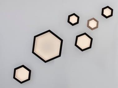Lampada da parete a LED in legno massello HEXAGON | Lampada da parete