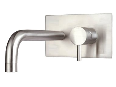 Wall-mounted stainless steel washbasin mixer with aerator with plate XONI | Wall-mounted washbasin mixer