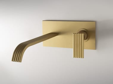 Wall-mounted brass washbasin mixer IOS | Wall-mounted washbasin mixer