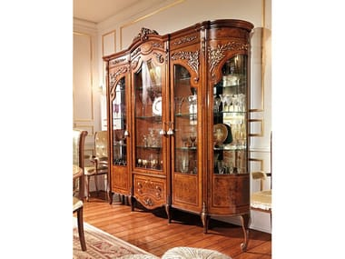 Wood and glass display cabinet REGGENZA LUXURY | Wood and glass display cabinet