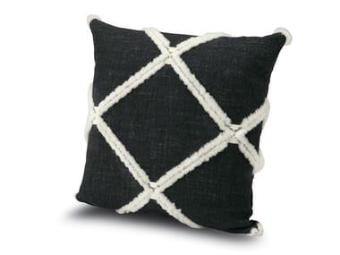 Cuscino in tessuto jacquard cangiante, con losanghe in lana YUJING