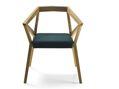 Solid wood chair with armrests YY CHAIR