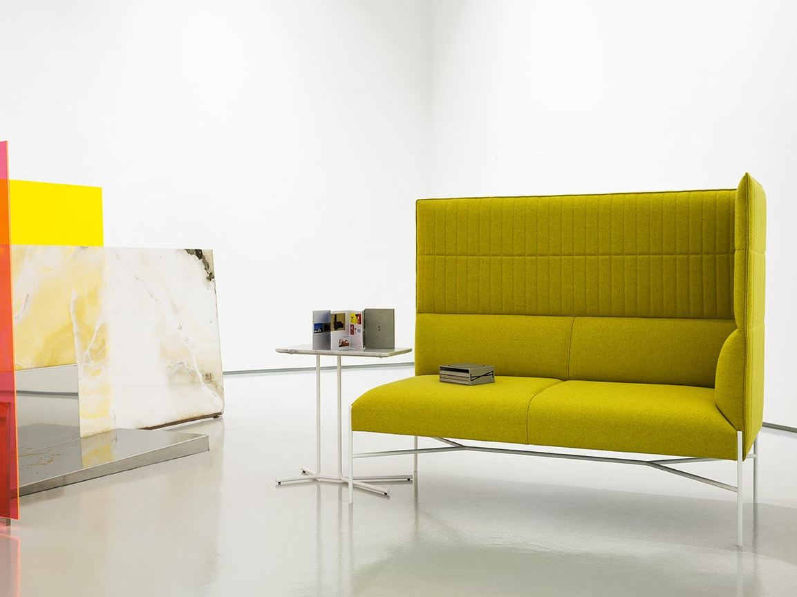 Chill out high corner sofa by tacchini design gordon for Sofa chill out exterior