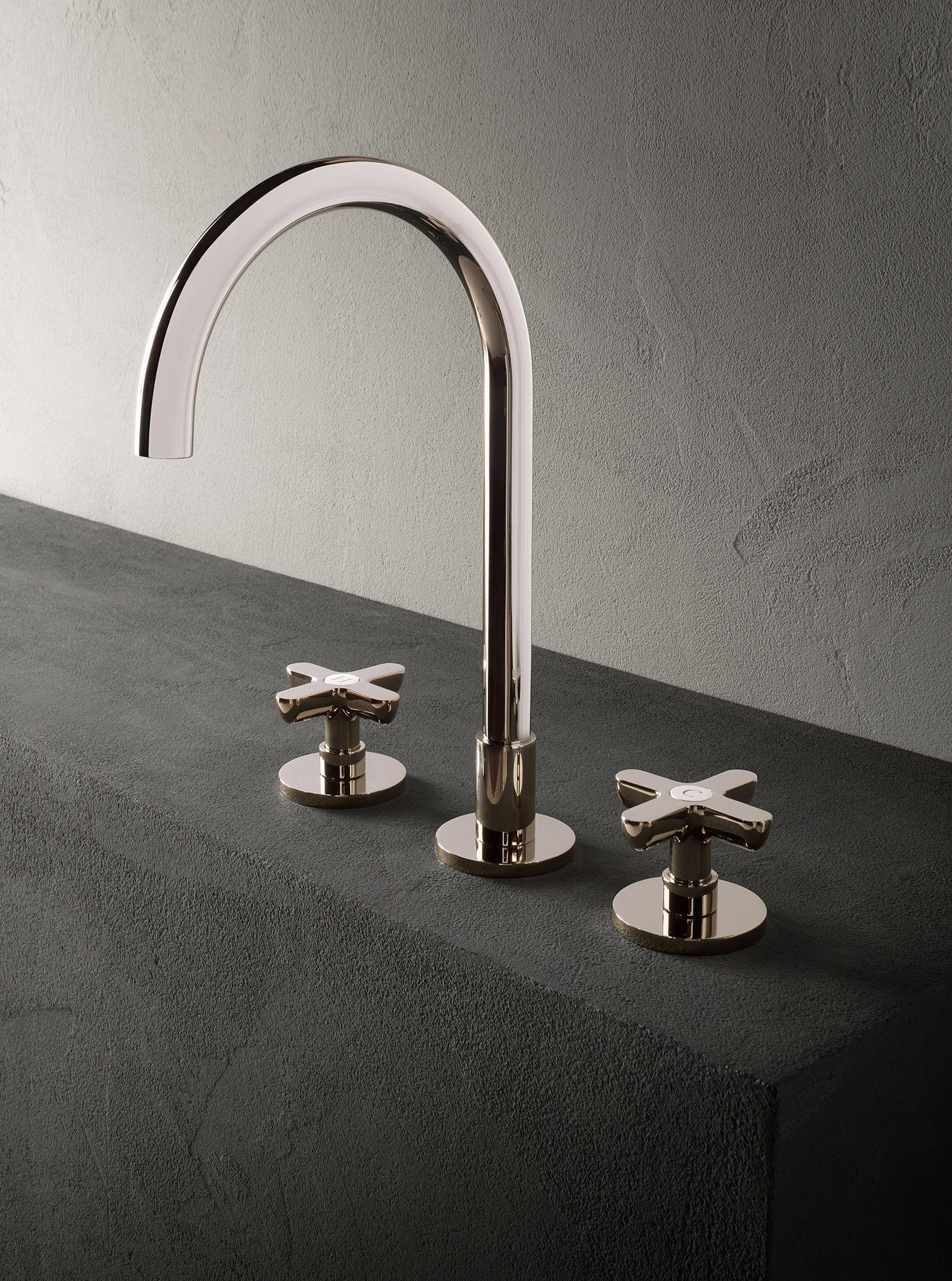 Classic icona rubinetto per lavabo collezione icona by for Rubinetti design