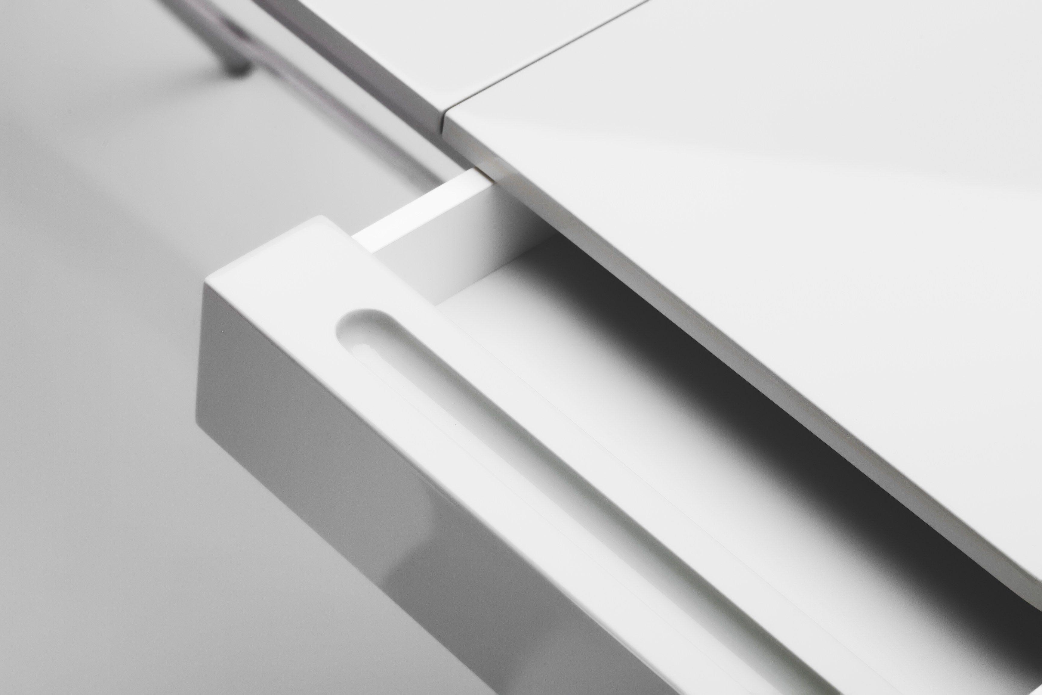 Schreibtisch Aus MDF Mit Schubladen COSIMO GREY GLOSSY LACQUERED GOLD By  Adentro Design Marco Zanuso