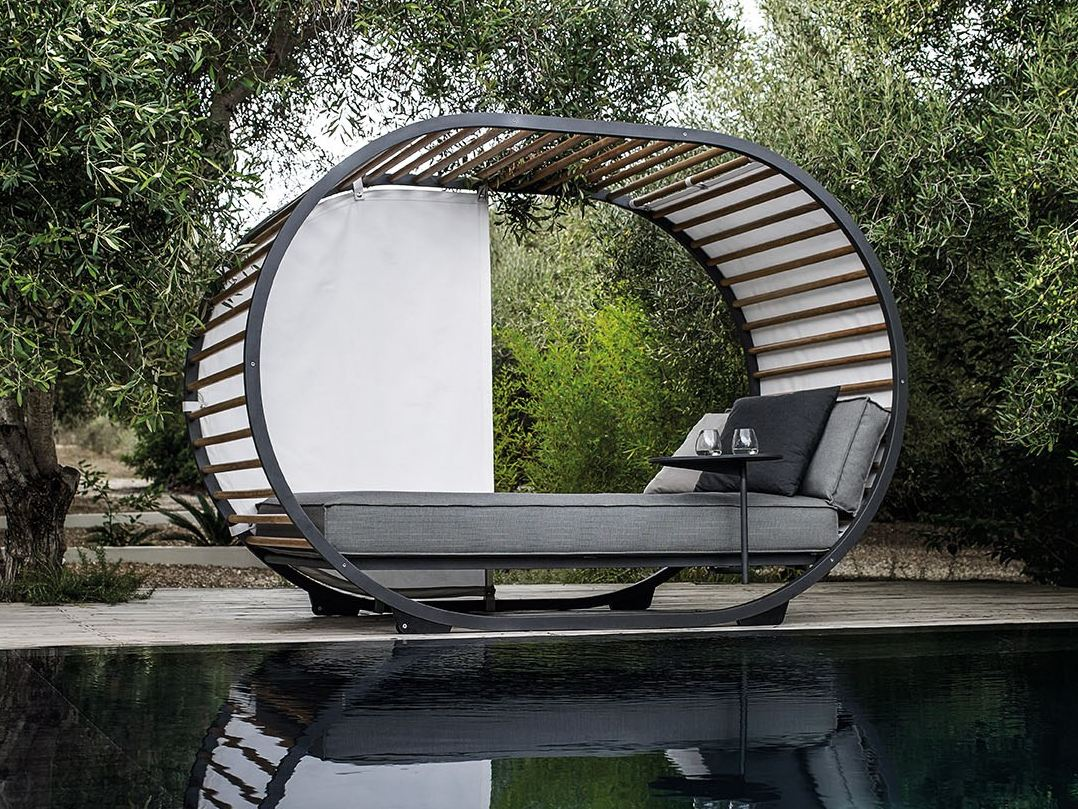 Daybed garten  Canopy garden bed VELA PAVILION Vela Collection By VONDOM design ...