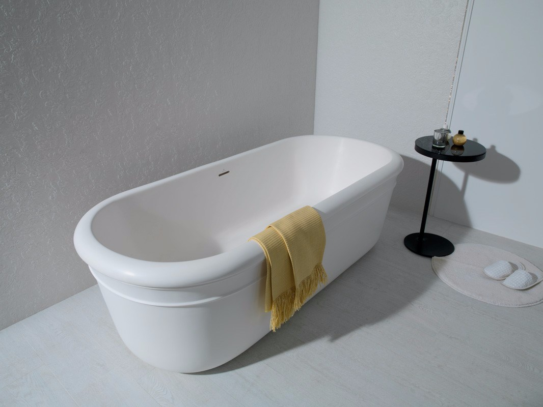 La vasca da bagno latest parete in vetro vismara svsi - Pulire la vasca da bagno ...
