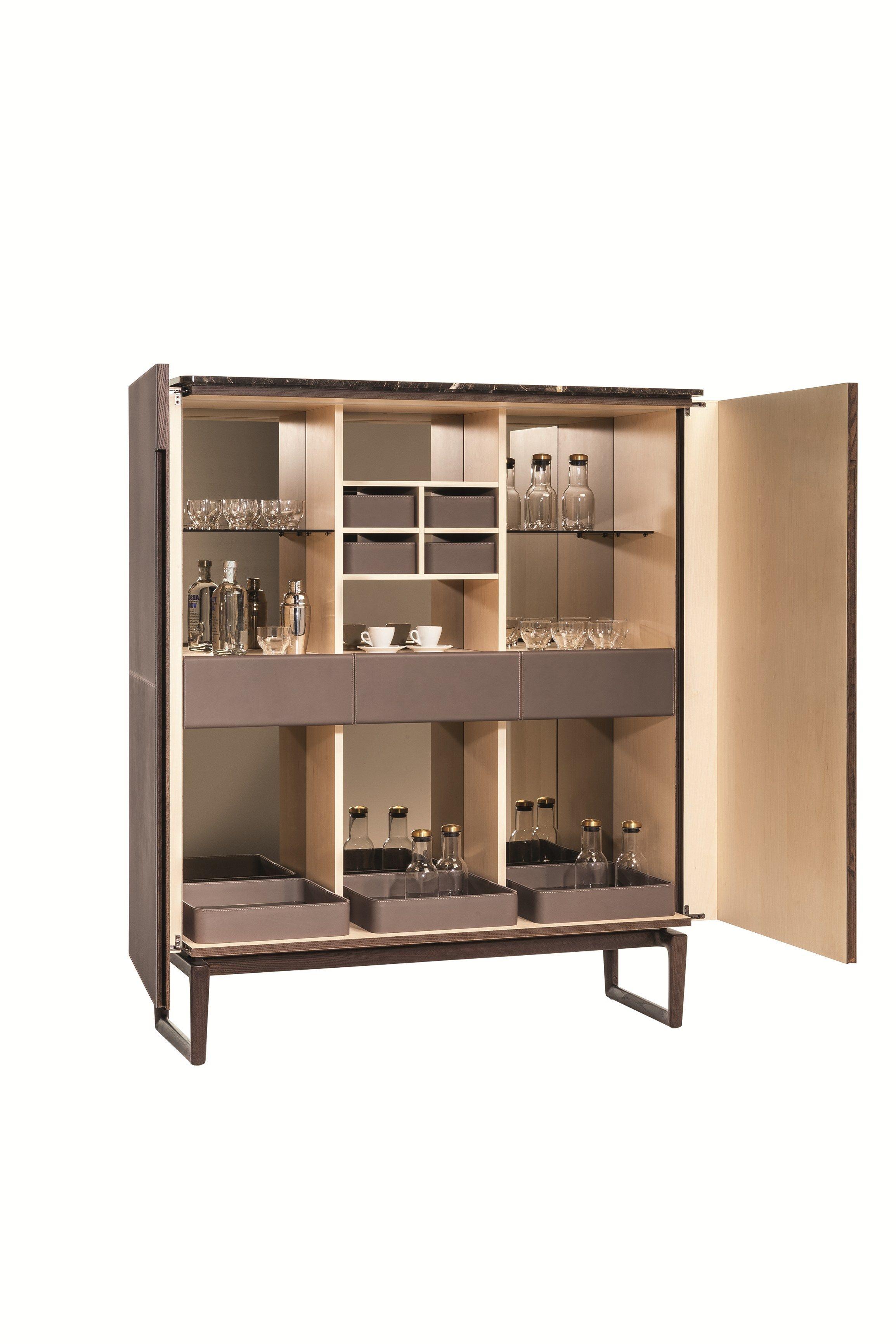 Fidelio highboard by poltrona frau design roberto lazzeroni - Poltrona design low cost ...