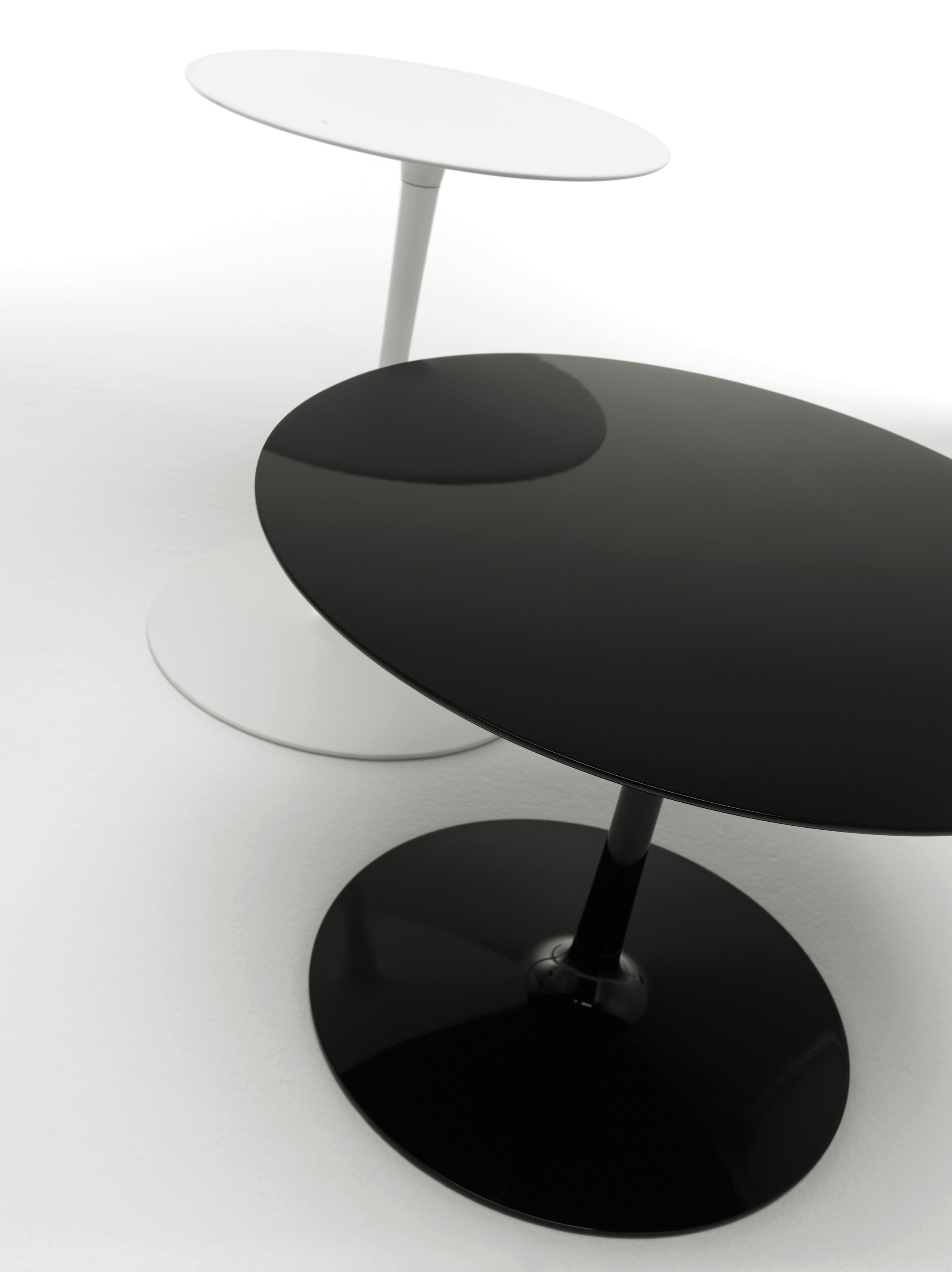 Round Coffee Table FLOW LOW TABLES By MDF Italia Design Jean Marie Massaud