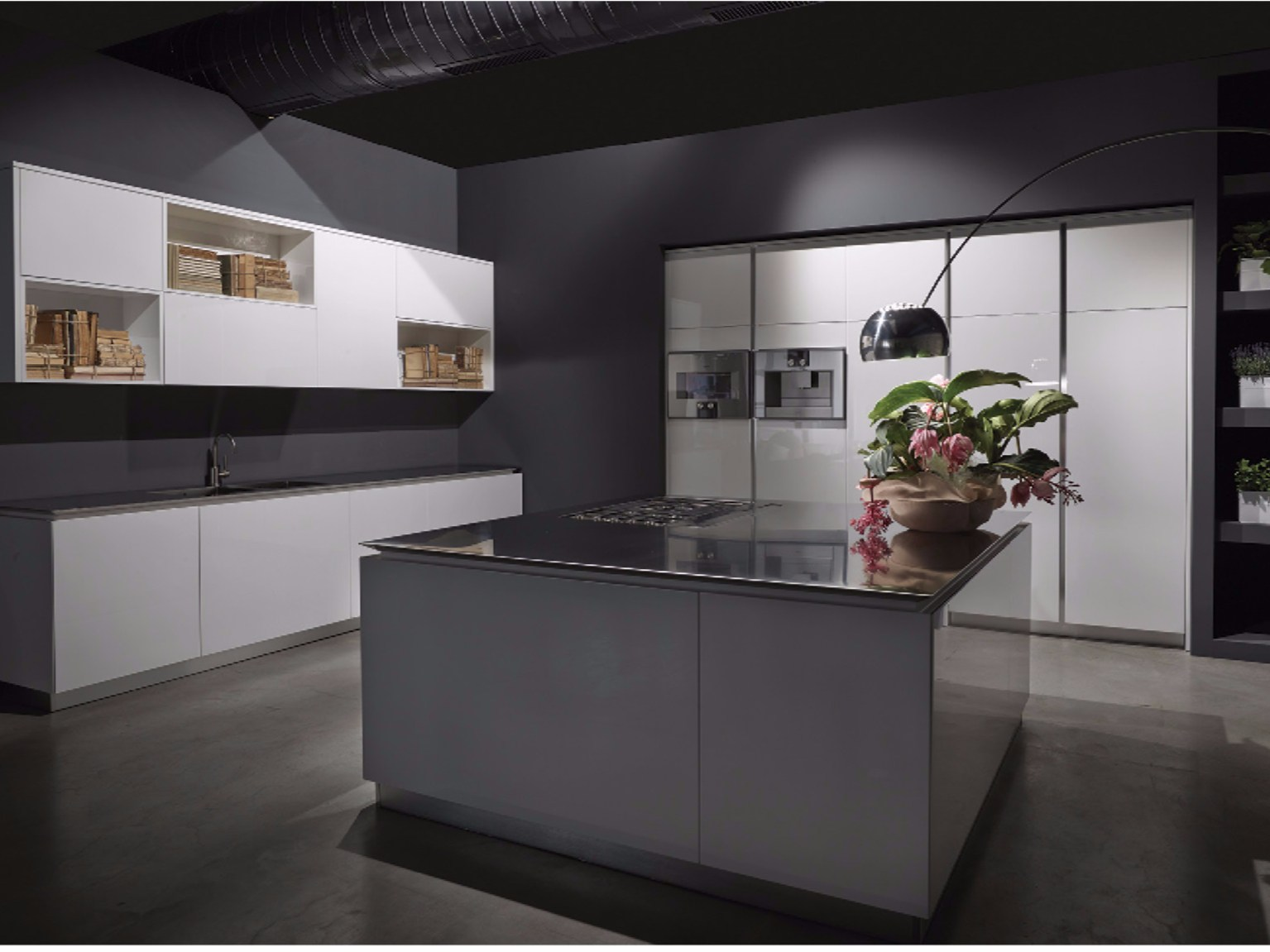 Fly kitchen with island by rifra - Cucine nere lucide ...