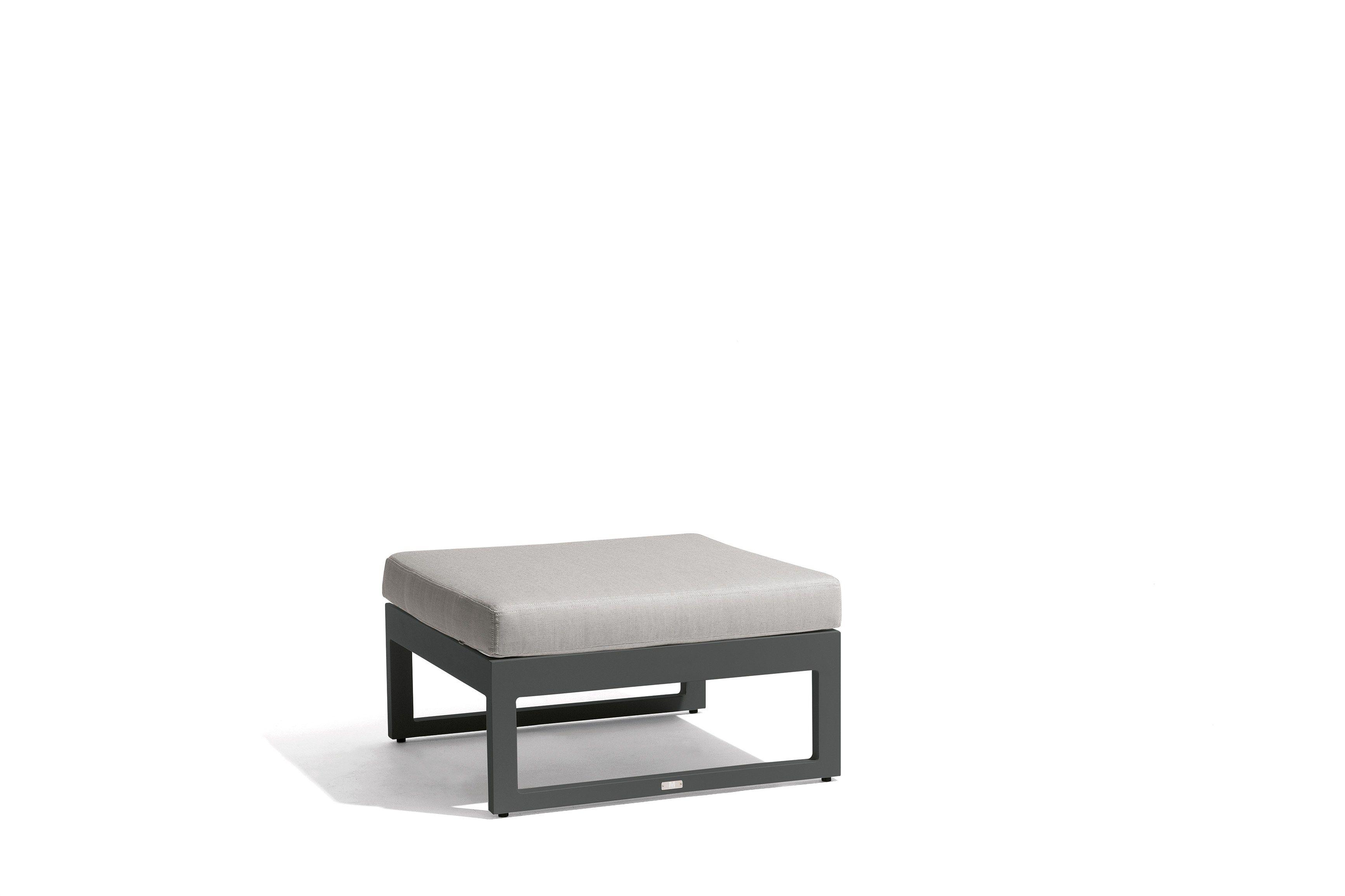 Modulares Outdoor Sofa Island | knutd.com