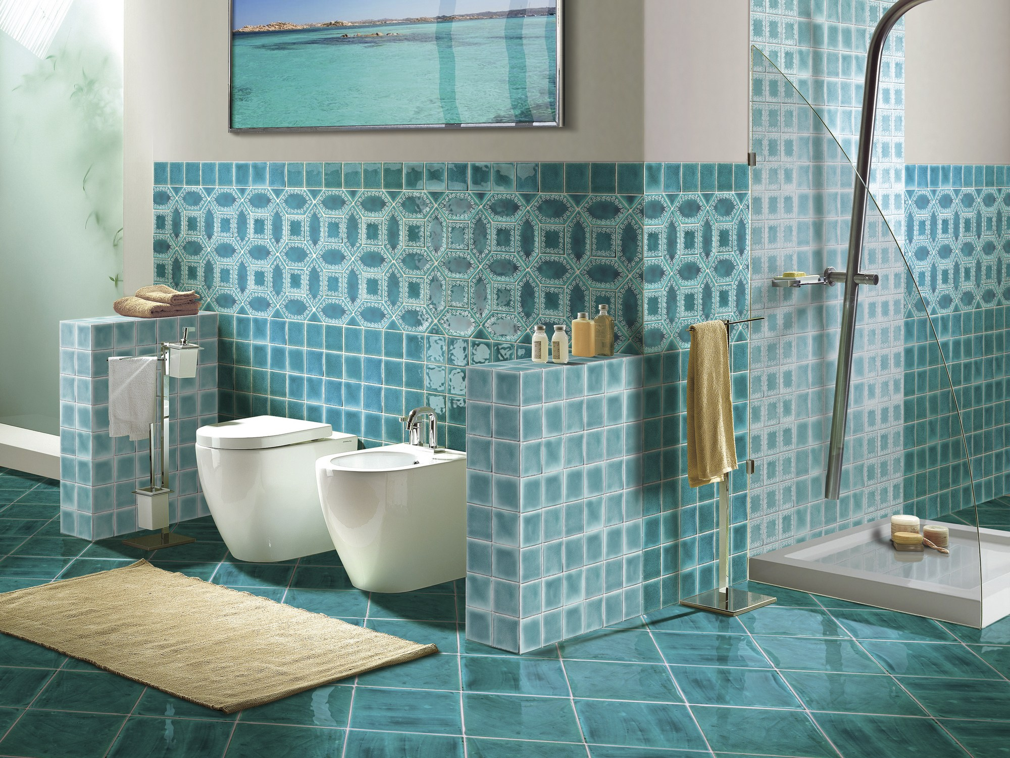 Piastrelle bagno blu mare. simple modern rooms with colorful
