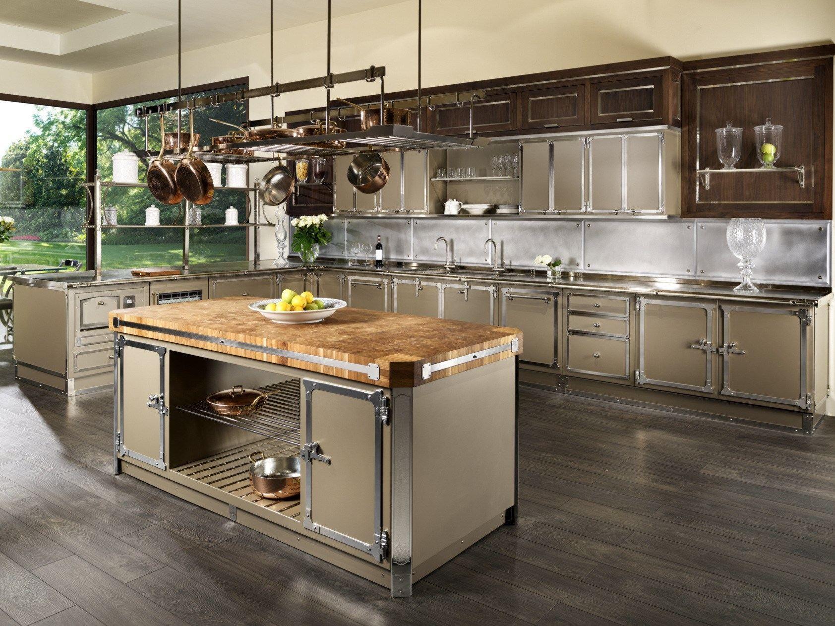 Cucina con isola avana pearl by officine gullo - Cucine professionali per casa ...