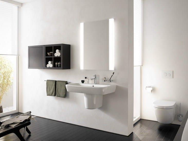 Wall Mounted Bathroom Mirror With Integrated Lighting NC