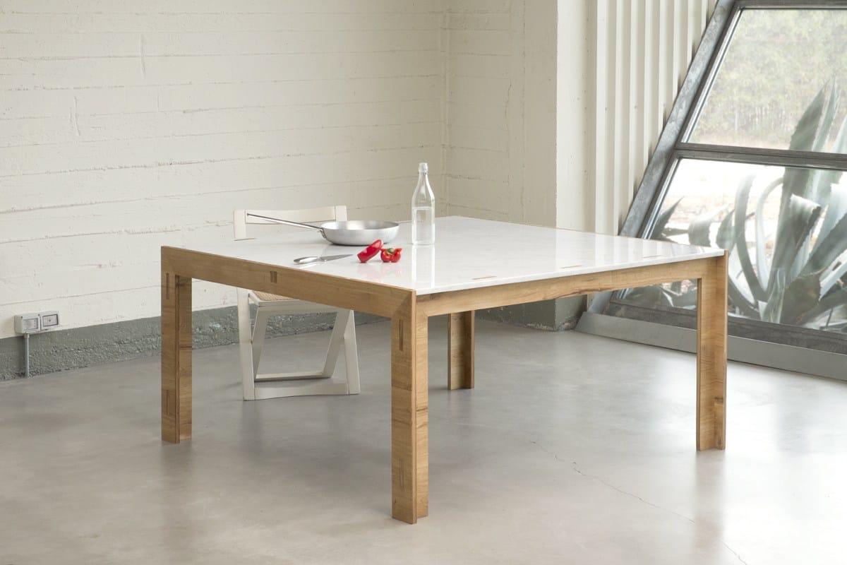 Nodoo tavolo quadrato by nodoo for Tavolo legno piano marmo
